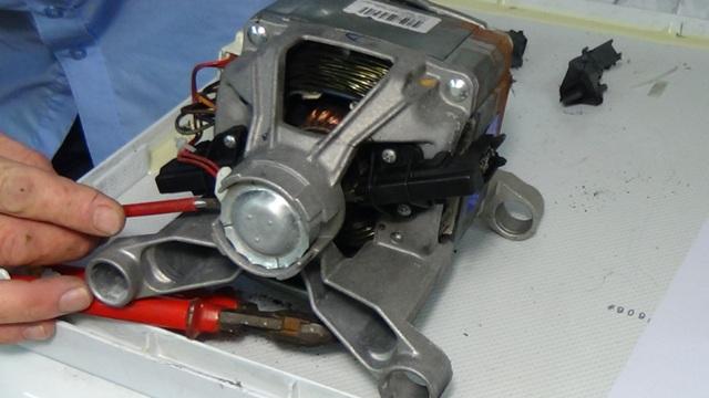 Ремонт двигателя в стралках